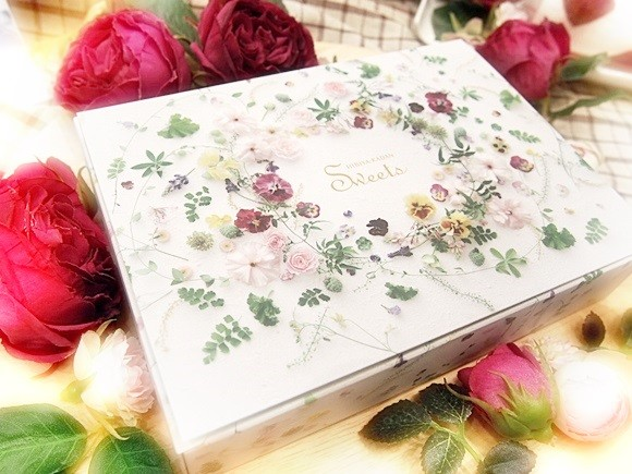 hibiyakadan-rose-eclair (1)