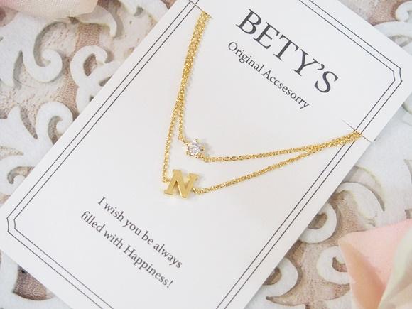 海外レディースアクセサリー通販 BETY'S(ベティズ)のイニシャル2連ブレスレット