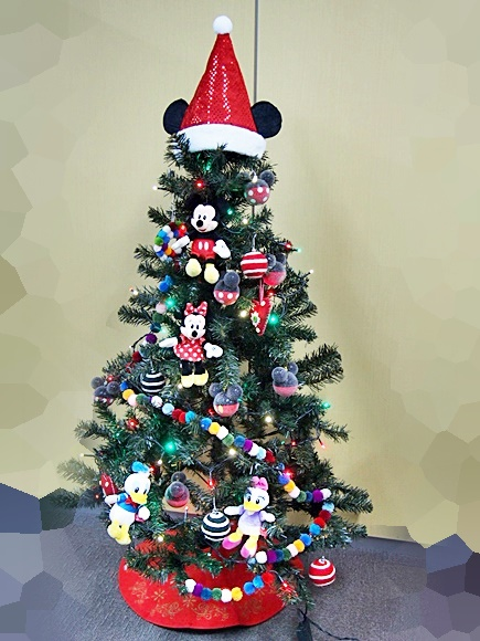 disney-christmas-tree-2016-7